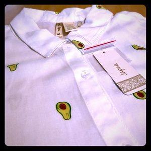 NWT Japna 100% rayon avocado 🥑 camp shirt.